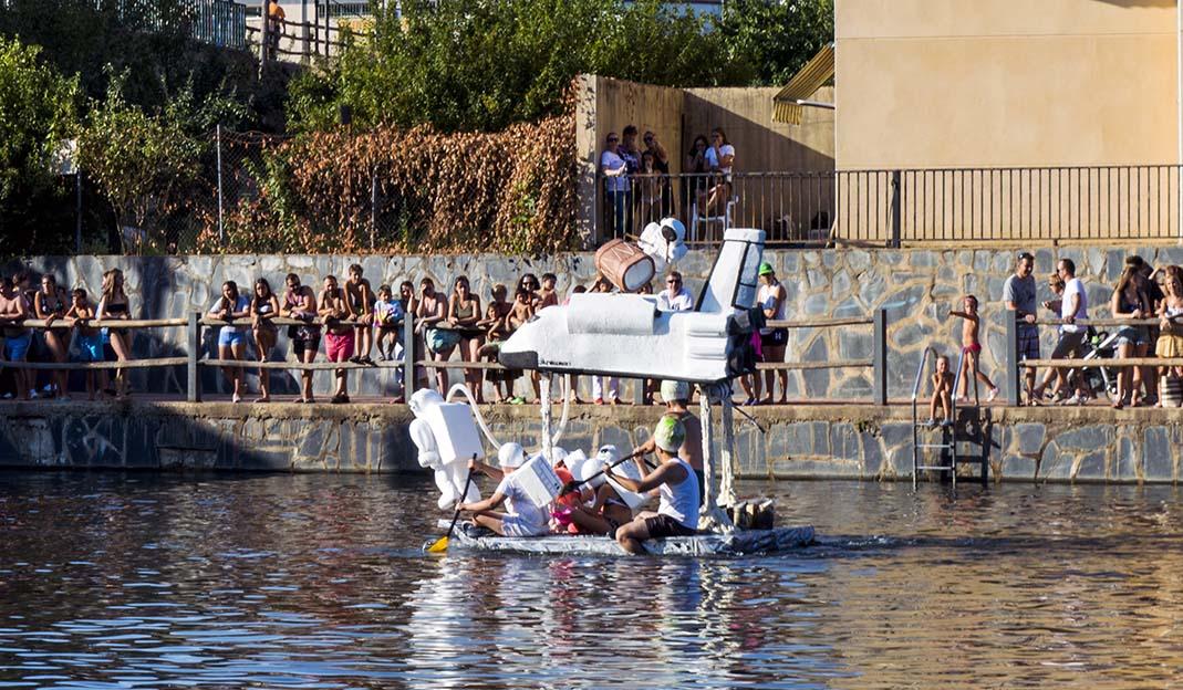 Carrera de barcas locas de 2018