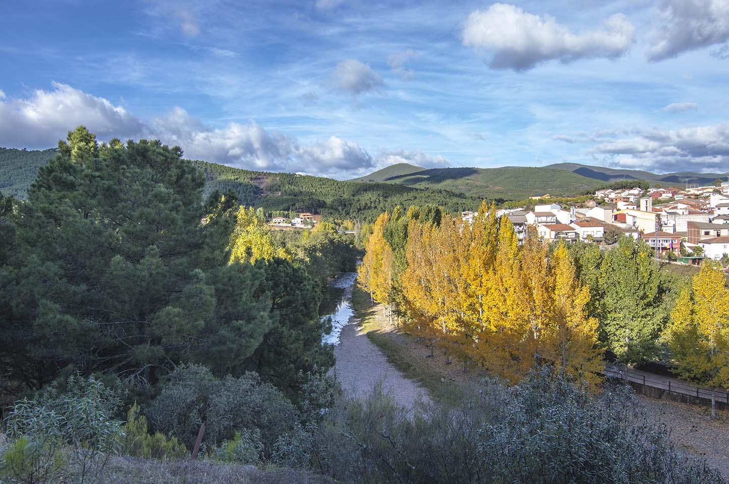 Ruta senderismo al mirador del Teso de la Vega, Pinofranqueado, Las Hurdes